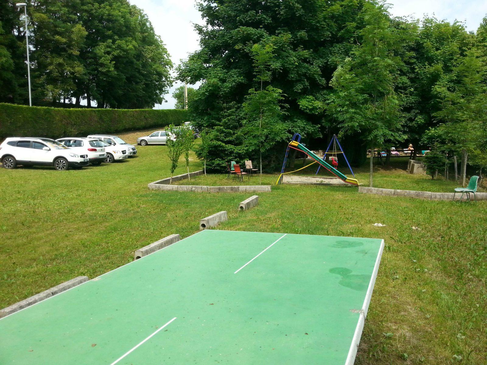 parking-camping-club-cerbaro-e1478959794630