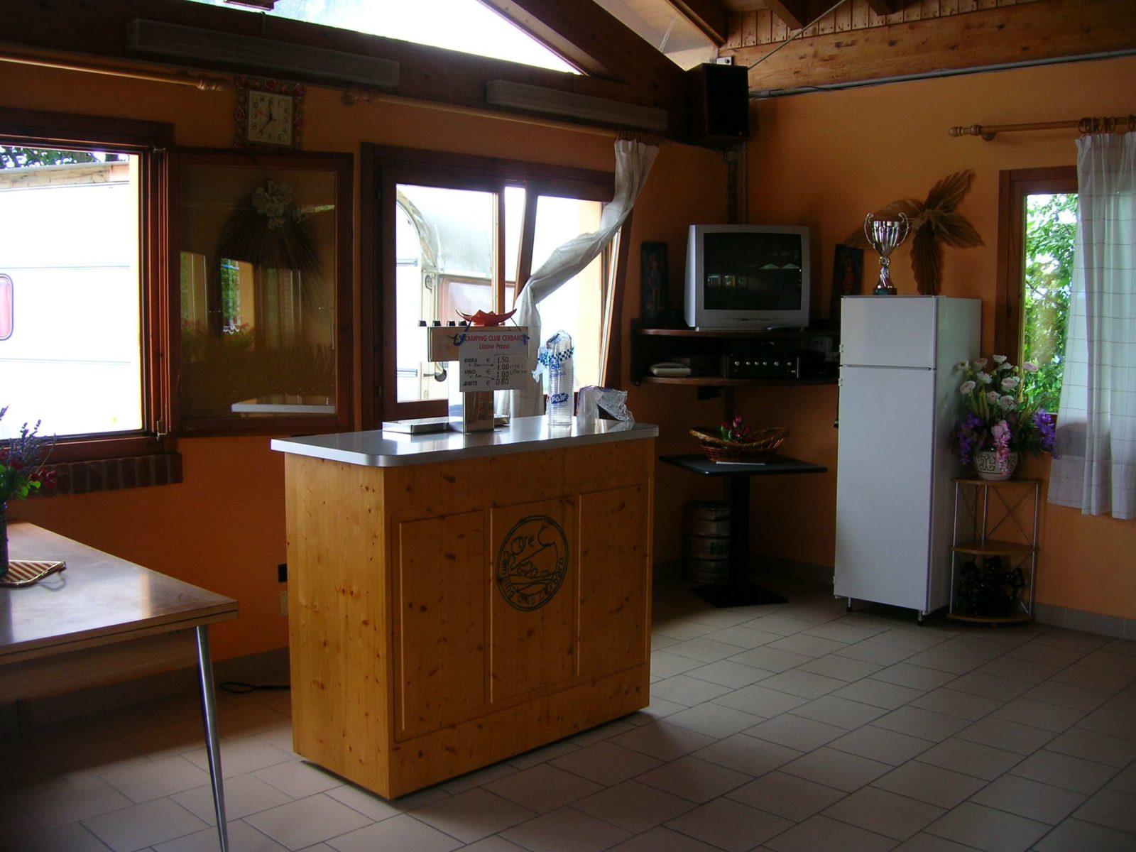 salone-spine-camping-club-cerbaro-e1478959739217